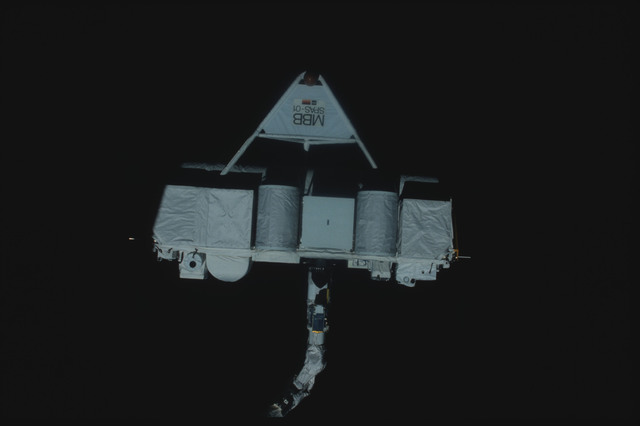 S07-25-1418 - STS-007 - Shuttle Pallet Satellite (SPAS) 01 grappled by RMS end effector