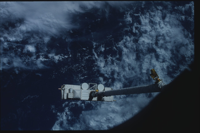 S07-26-1445 - STS-007 - Shuttle Pallet Satellite (SPAS) 01 grappled by RMS end effector