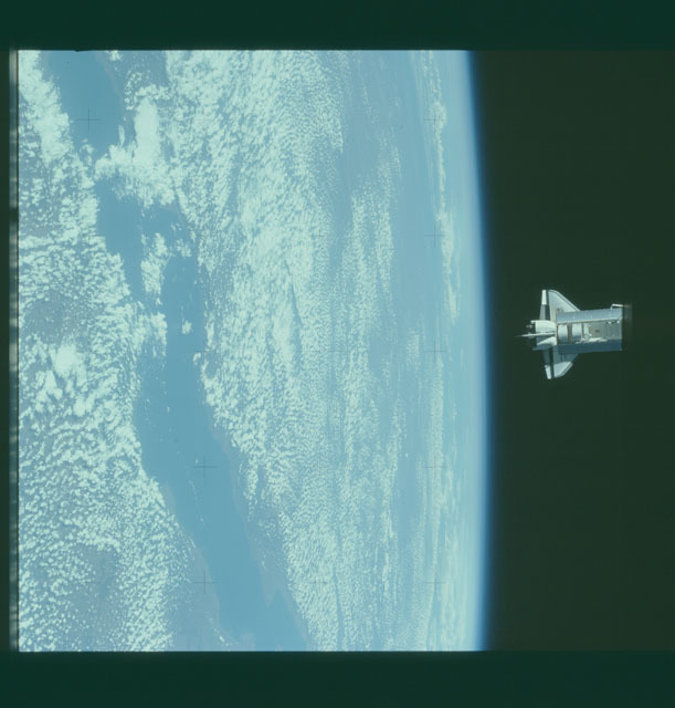 S07-32-1698 - STS-007 - View of the shuttle Challenger from the SPAS-01 satellite