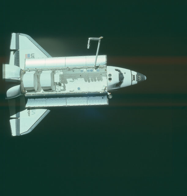 S07-32-1753 - STS-007 - View of the shuttle Challenger from the SPAS-01 satellite