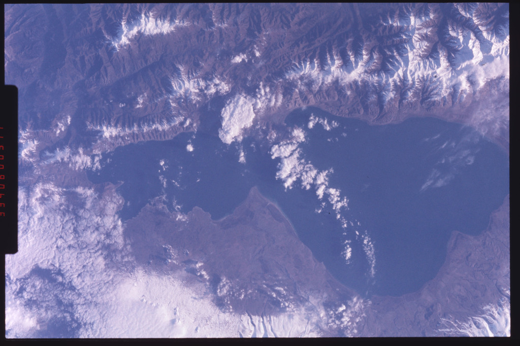 S09-201-3359 - STS-009 - Earth view of a lake taken during STS-9