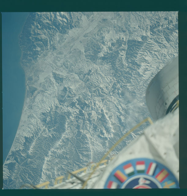 S09-31-1088 - STS-009 - Earth observations taken by the STS-9 crew