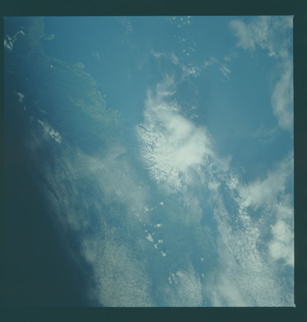 S09-33-1248 - STS-009 - Earth observations taken by the STS-9 crew