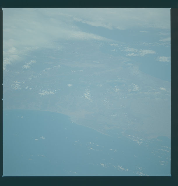 S09-39-2457 - STS-009 - Earth observations taken by the STS-9 crew
