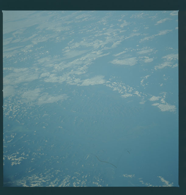 S09-44-1960 - STS-009 - Earth observations taken by the STS-9 crew