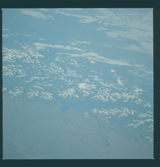 S09-44-1970 - STS-009 - Earth observations taken by the STS-9 crew