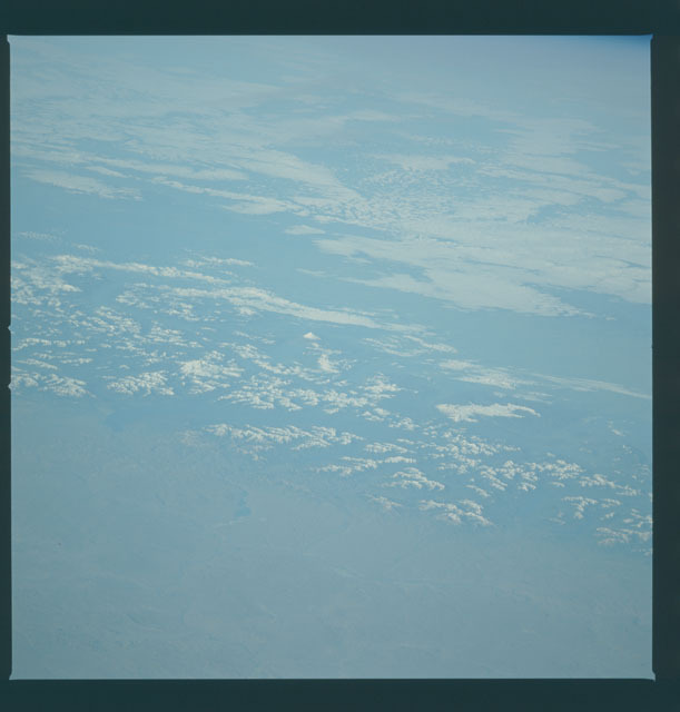 S09-44-1973 - STS-009 - Earth observations taken by the STS-9 crew