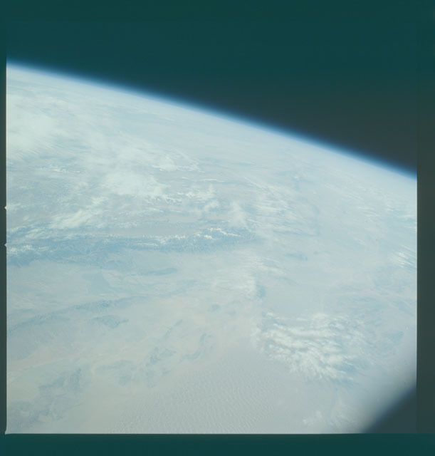 S09-49-2268 - STS-009 - Earth observations taken by the STS-9 crew