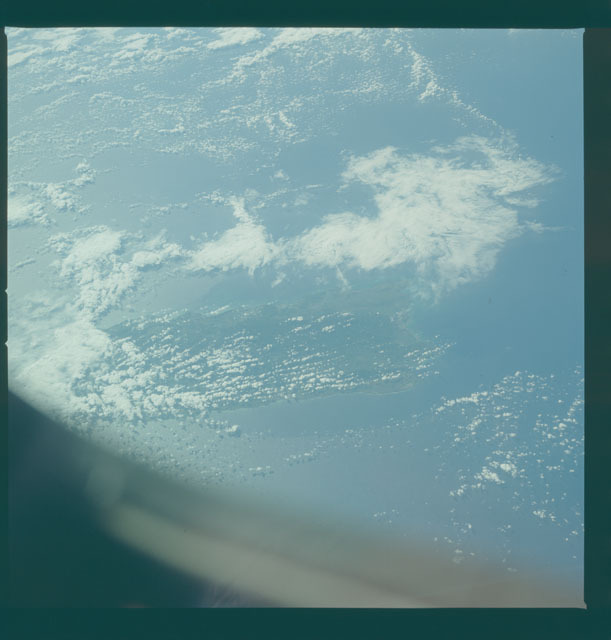 S09-50-1439 - STS-009 - Earth observations taken by the STS-9 crew