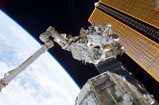 S111E5141 - STS-111 - MBS grappled to the Canadarm2 SSRMS during STS-111 UF-2 installation OPS on the ISS truss structure
