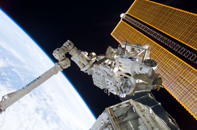 S111E5142 - STS-111 - MBS grappled to the Canadarm2 SSRMS during STS-111 UF-2 installation OPS on the ISS truss structure