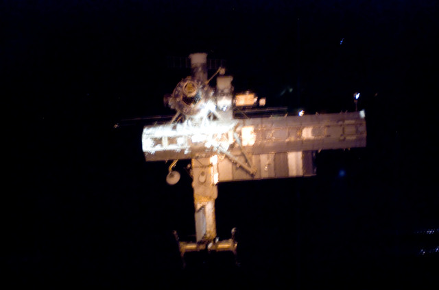 S112E05793 - STS-112 - Flyaround view of ISS forward side