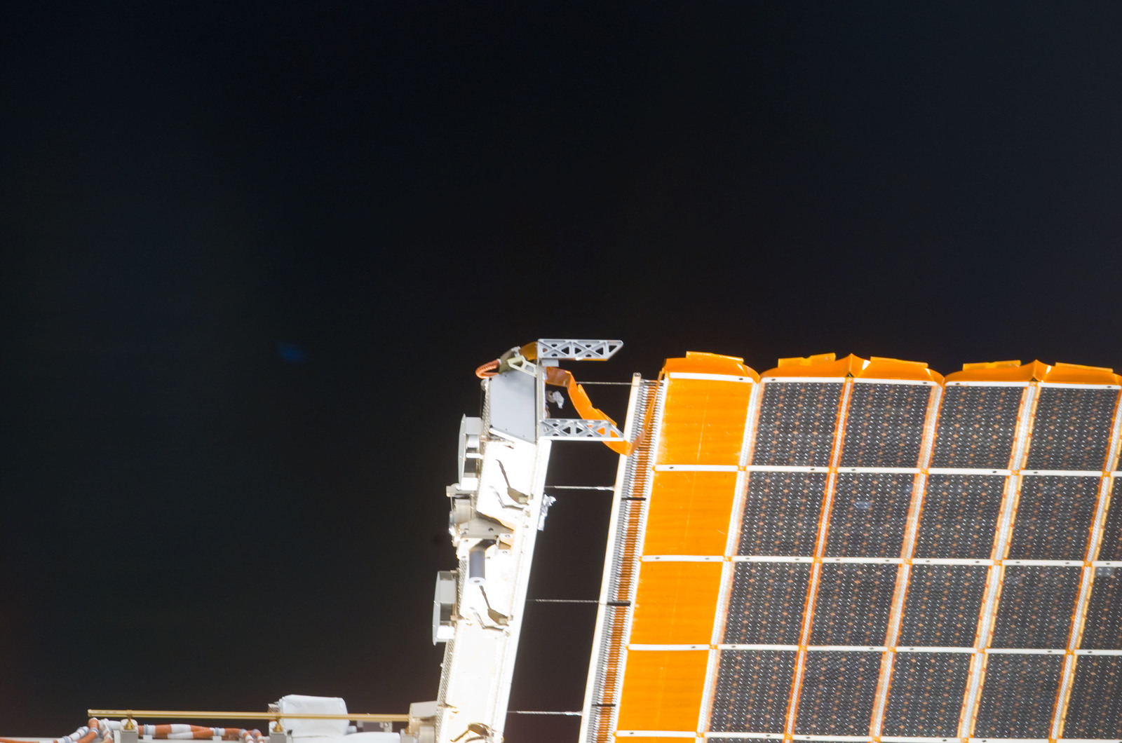 S113E05427 - STS-113 - Partial view of the port PV Array taken during flyaround following STS-113 undocking