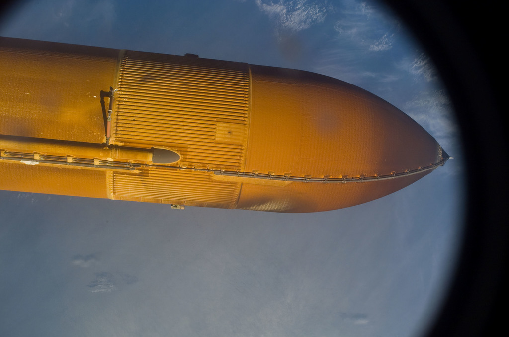S114E5073 - STS-114 - View of STS-114 External Fuel Tank during separation