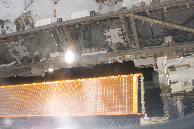 S114E6787 - STS-114 - Solar array and S0 truss