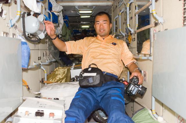S114E7482 - STS-114 - Soichi Noguchi in FGB/Zarya module