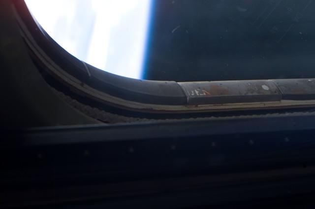 S114E8042 - STS-114 - Shuttle window survey