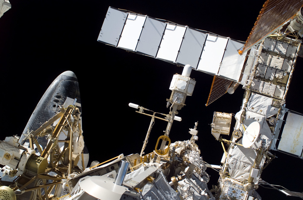 S115E05746 - STS-115 - EVA view of the P1 Truss aft radiator and port side of the P6 Truss and Z1 Truss during STS-115 mission