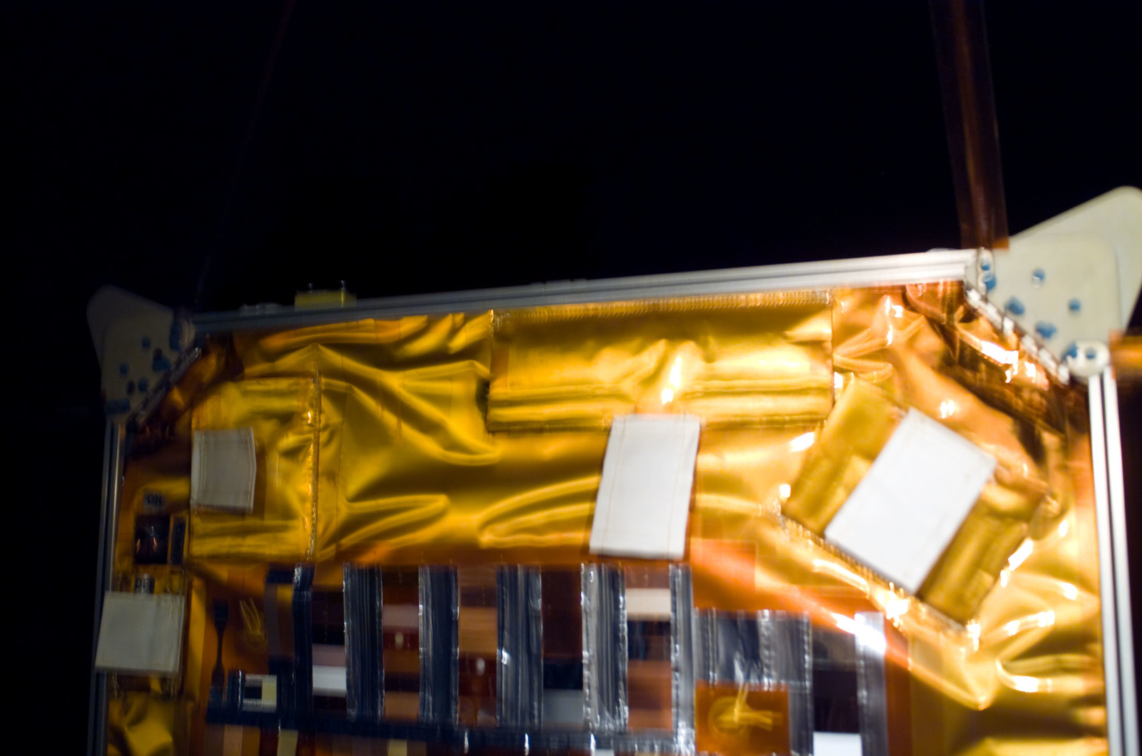 S115E06395 - STS-115 - Second set of solar arrays on the ISS during Expedition 13 / STS-115 Joint Operations