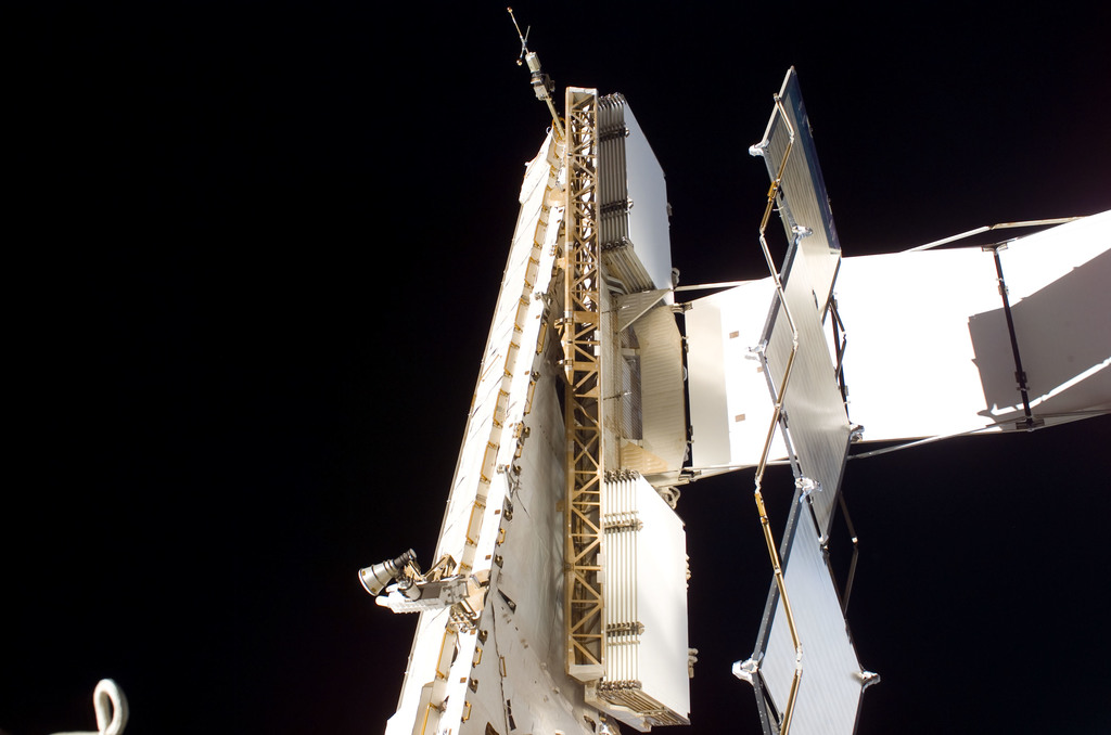 S115E06427 - STS-115 - EVA view of the aft side of the S1 Truss taken during STS-115