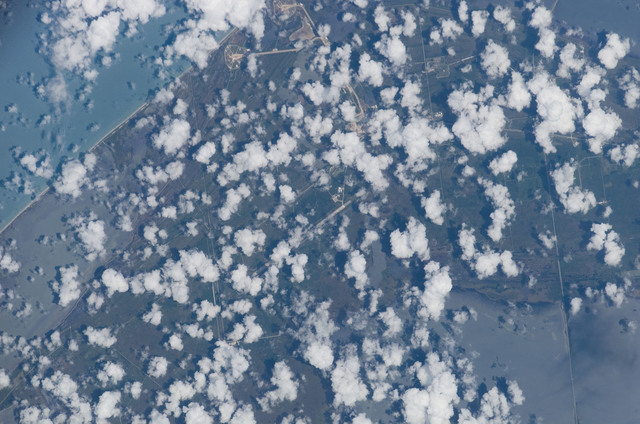 S117E09693 - STS-117 - Earth observation taken by STS-117 Crewmember