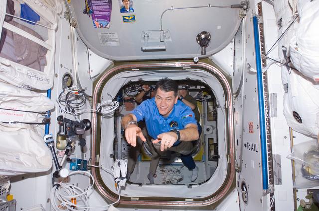 S120E006445 - STS-120 - Napoli in Node 1 / Unity module