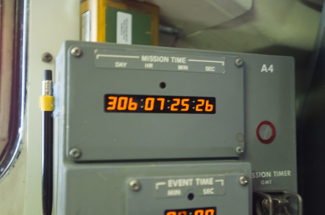 S120E008186 - STS-120 - Panel  A4 Mission timer on flight deck