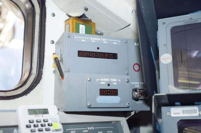 S120E010618 - STS-120 - Panel  A4 mission timer on aft flight deck