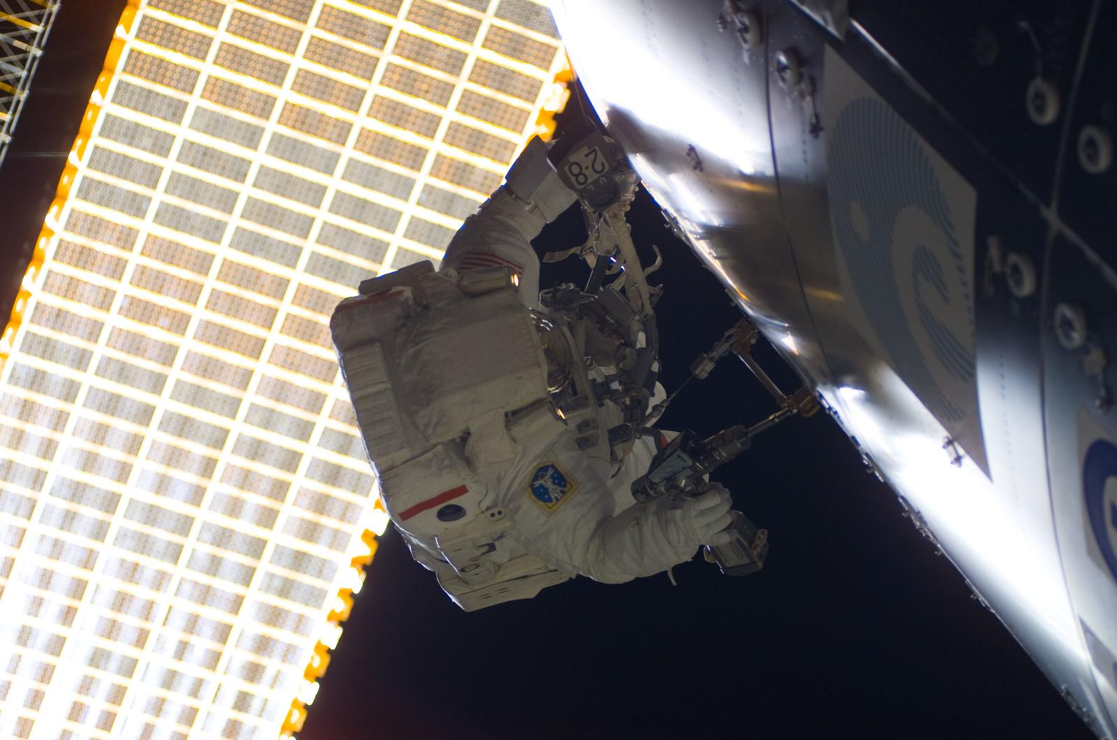 S122E008790 - STS-122 - Walheim during EVA 3