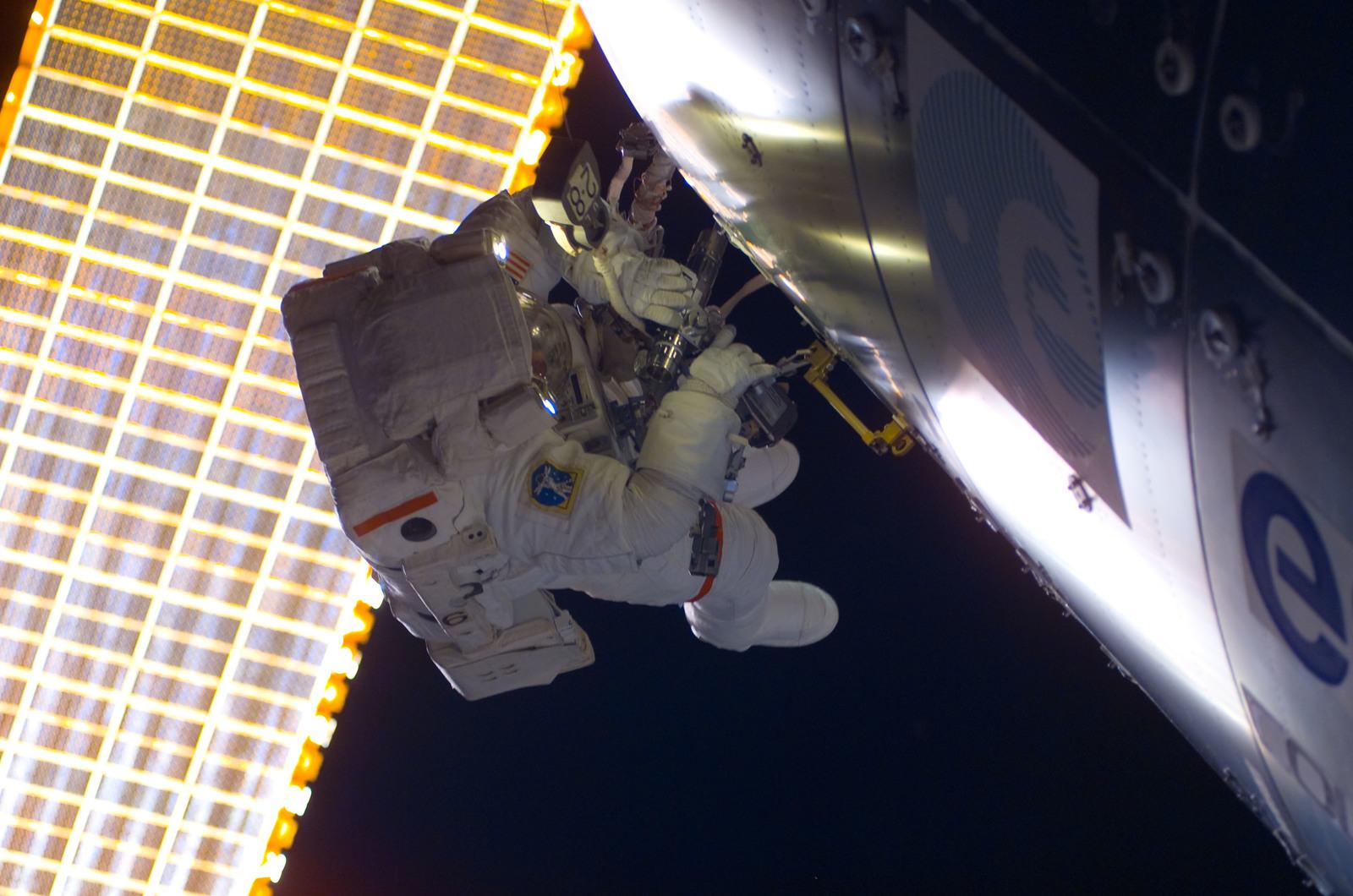 S122E008795 - STS-122 - Walheim during EVA 3
