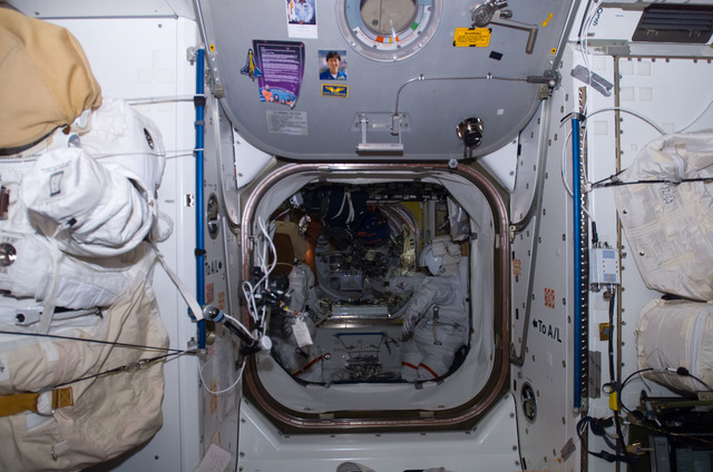 S122E009524 - STS-122 - Node 1 Hatch during Expedition 16/STS-122 Joint Operations