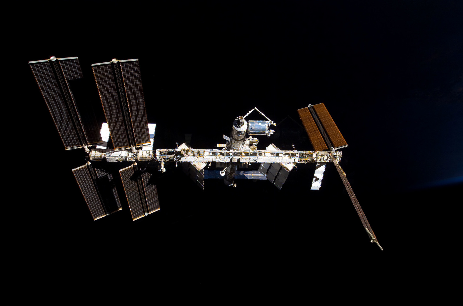 S122E009854 - STS-122 - View of ISS after STS-122 Undocking