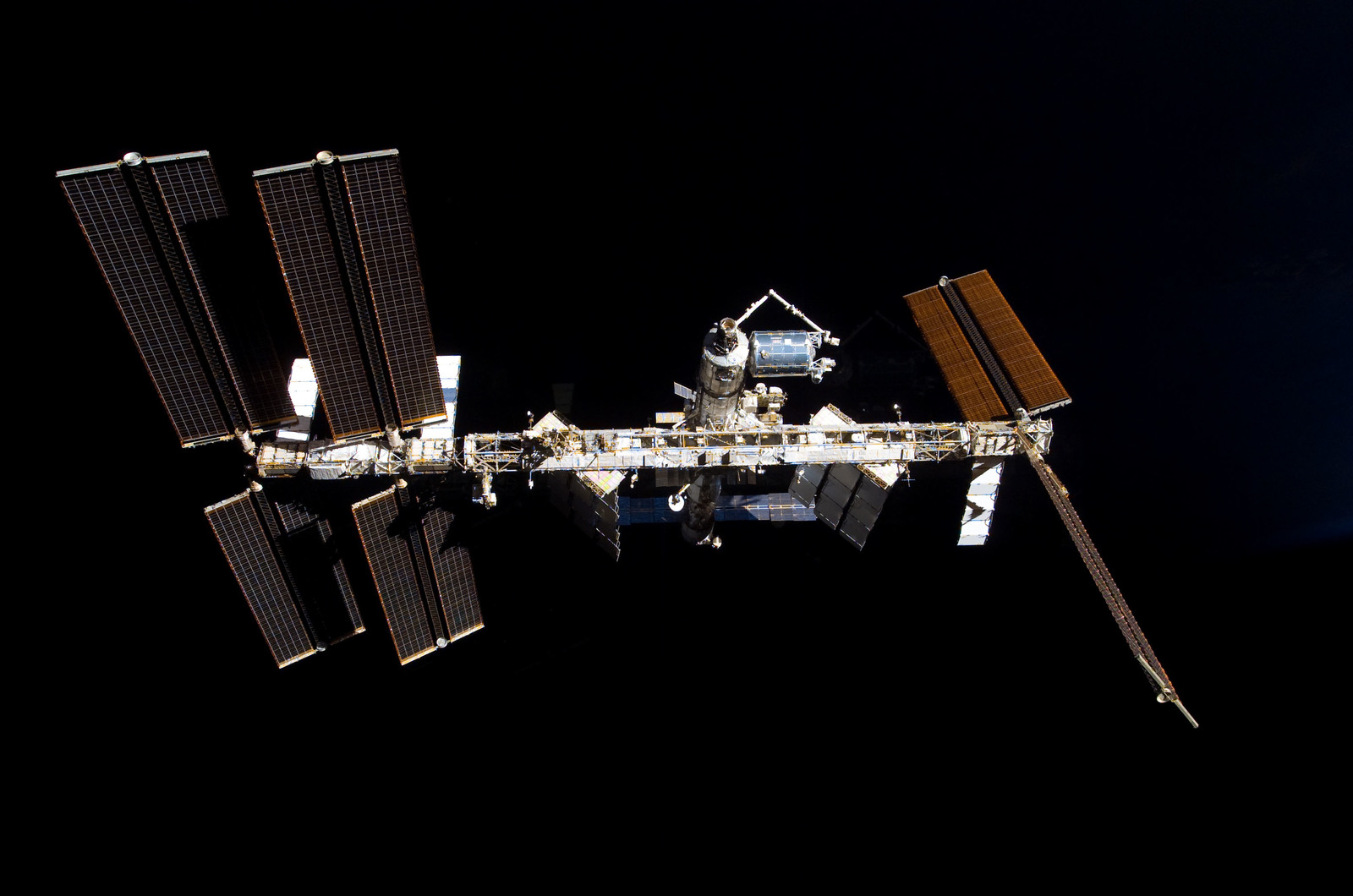 S122E009856 - STS-122 - View of ISS after STS-122 Undocking