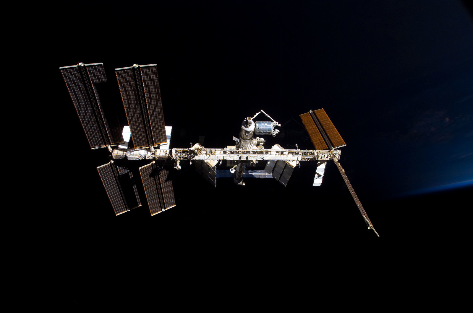 S122E009860 - STS-122 - View of ISS after STS-122 Undocking