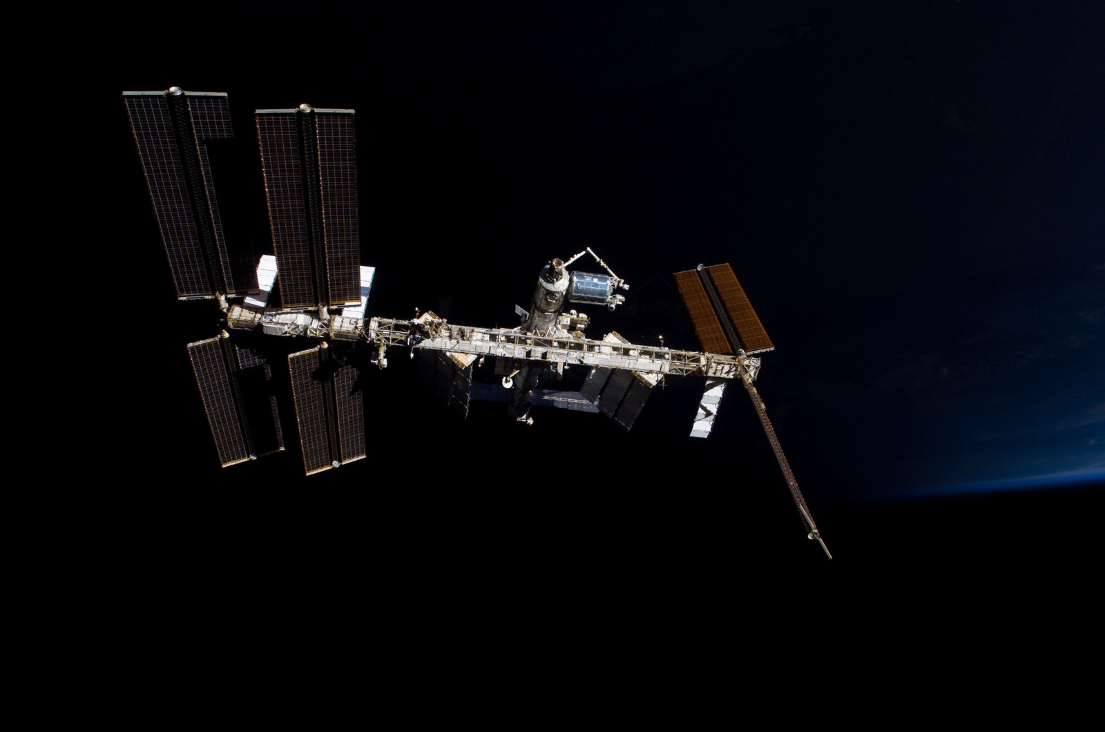 S122E009861 - STS-122 - View of ISS after STS-122 Undocking