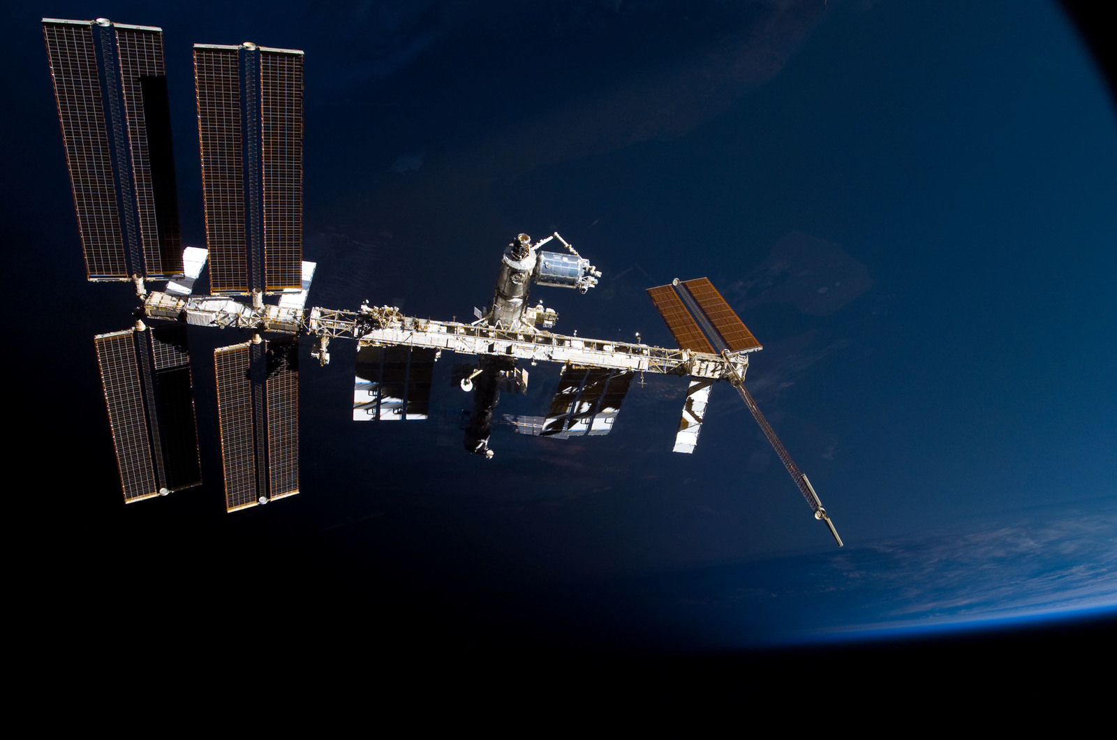 S122E009877 - STS-122 - View of ISS after STS-122 Undocking