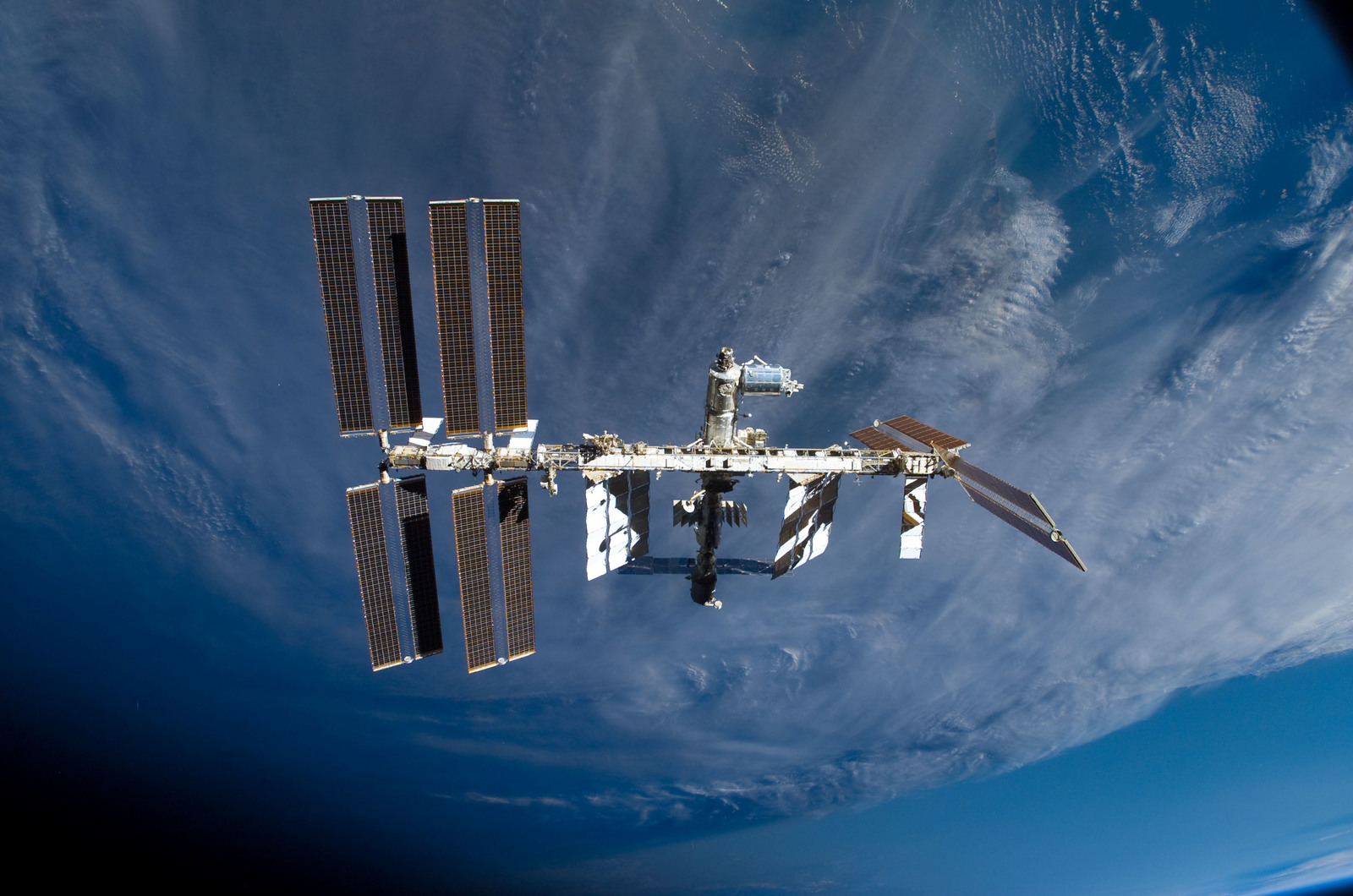 S122E009884 - STS-122 - View of ISS after STS-122 Undocking
