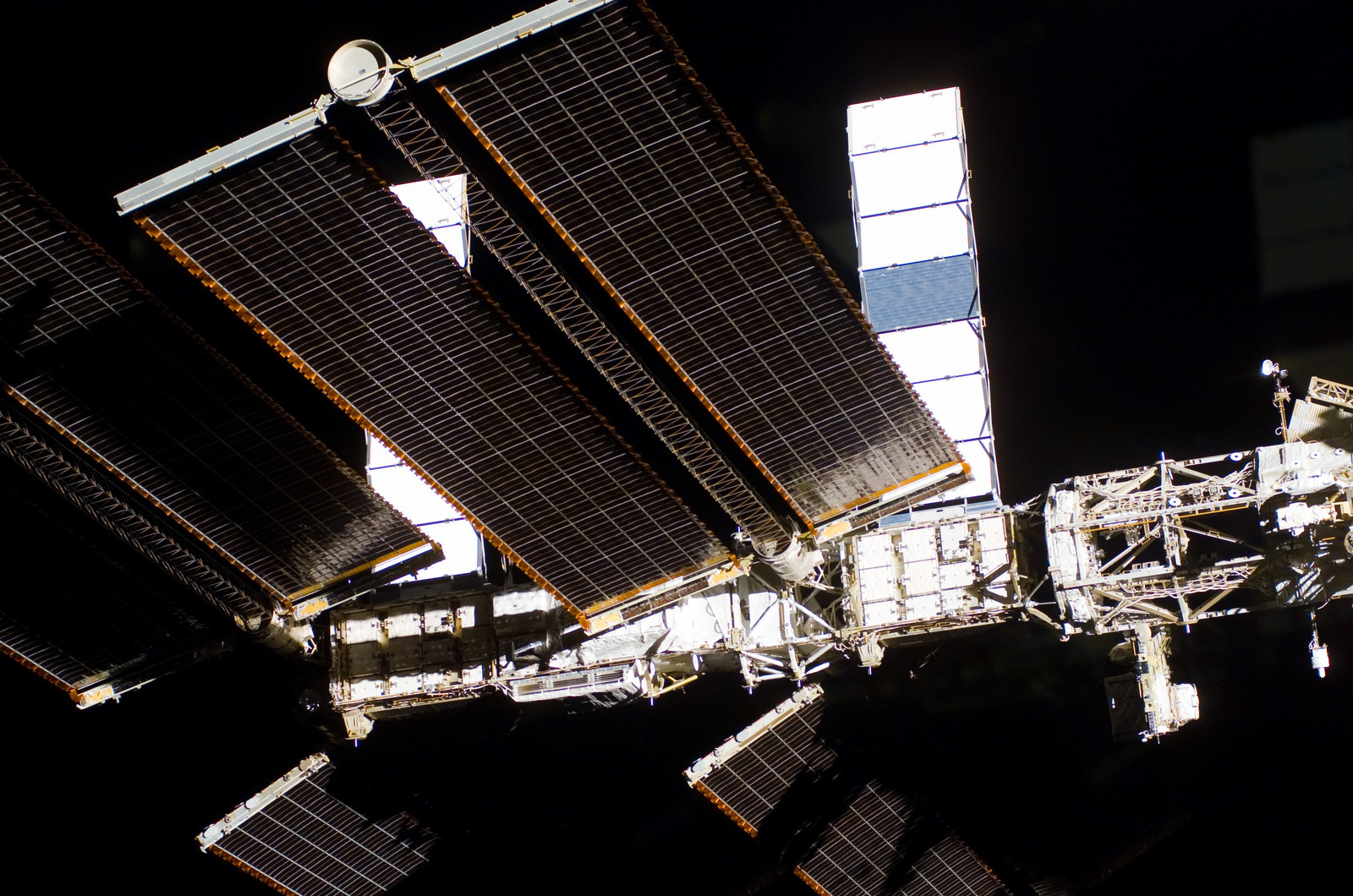 S122E009948 - STS-122 - Flyaround view of ISS after STS-122 Undocking