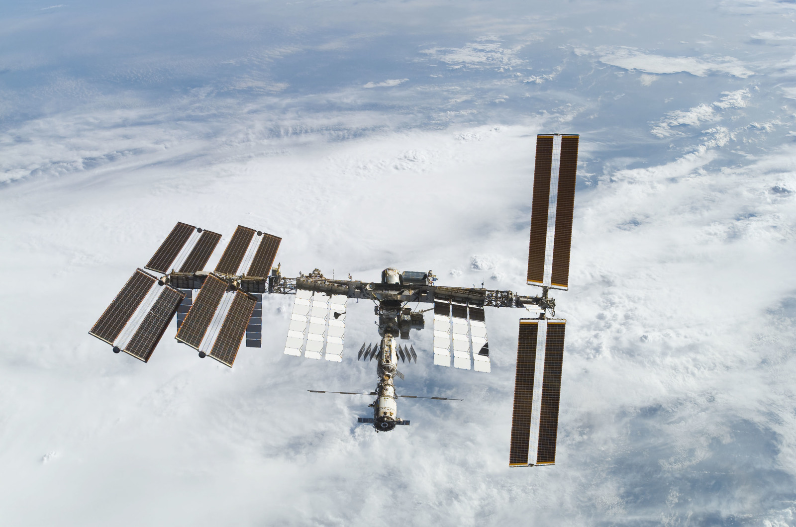 S122E010933 - STS-122 - View of ISS after STS-122 Undocking