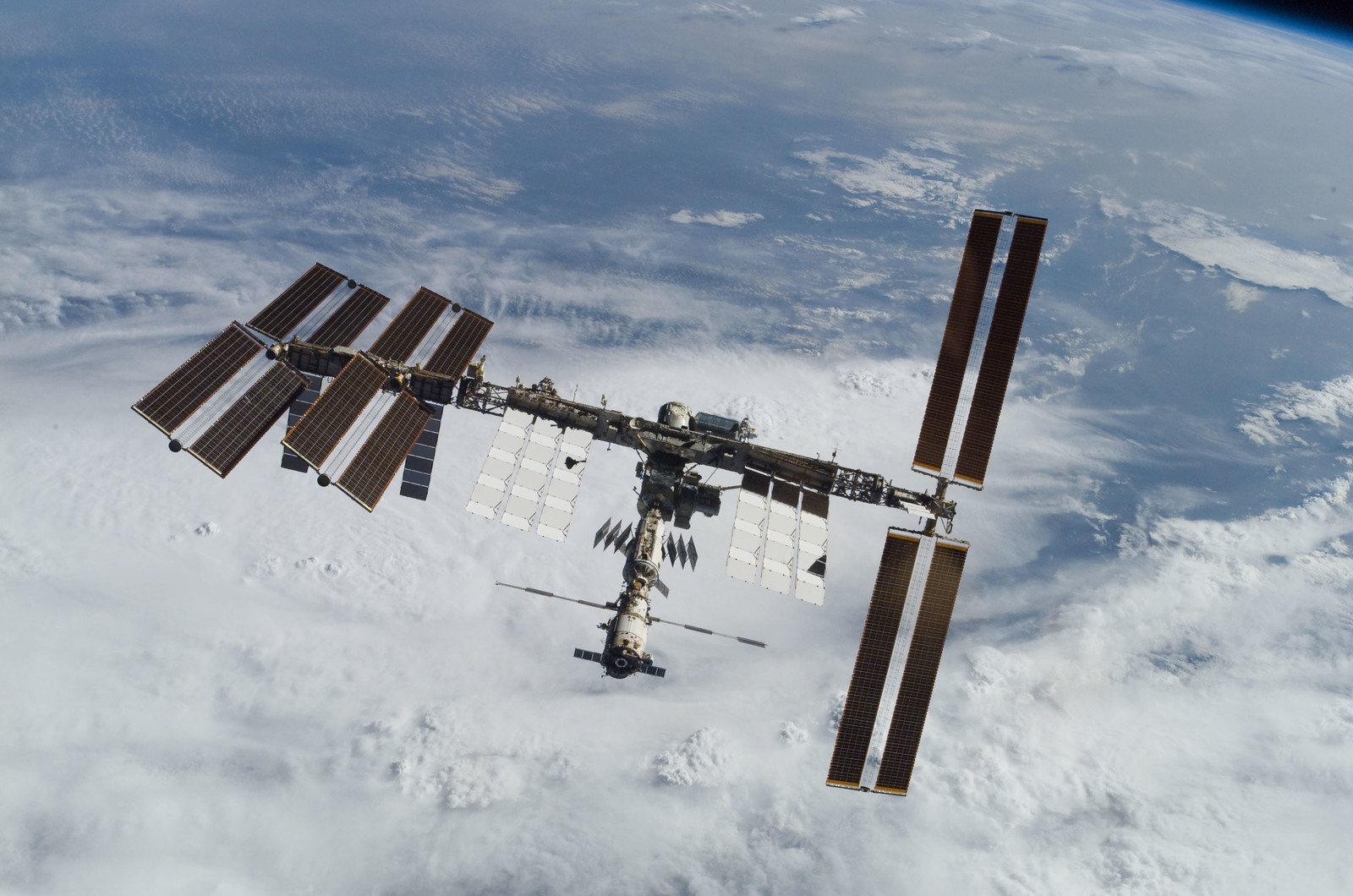 S122E010935 - STS-122 - View of ISS after STS-122 Undocking