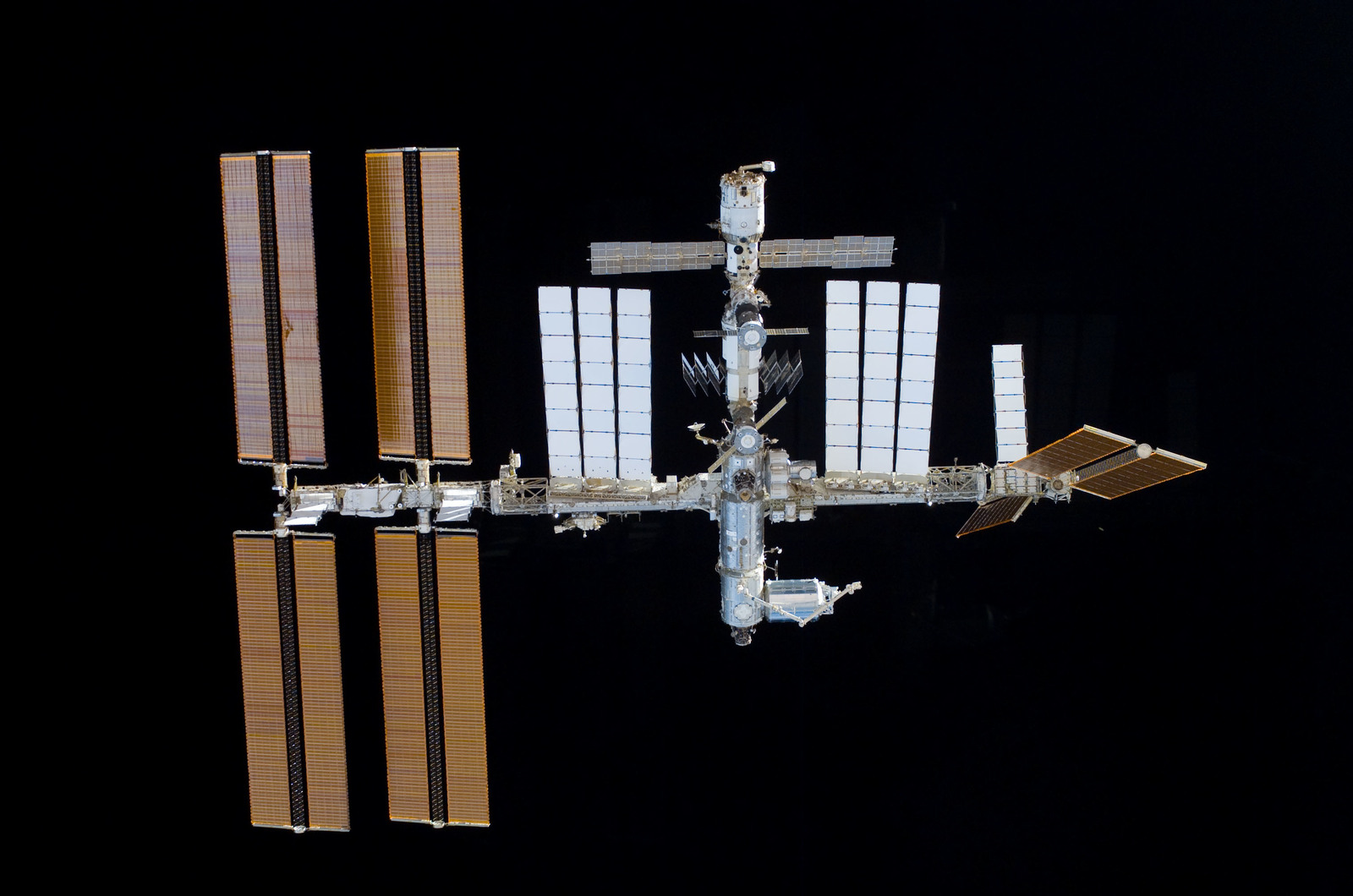 S122E011024 - STS-122 - View of ISS after STS-122 Undocking