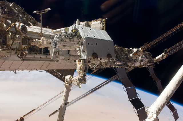 S123E005947 - STS-123 - Dextre taken during Expedition 16 / STS-123 Joint Operations