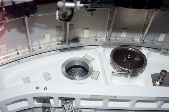 S123E006164 - STS-123 - Hatch area between Node 2 and JLP during STS-123 / Expedition 16 Joint Operations