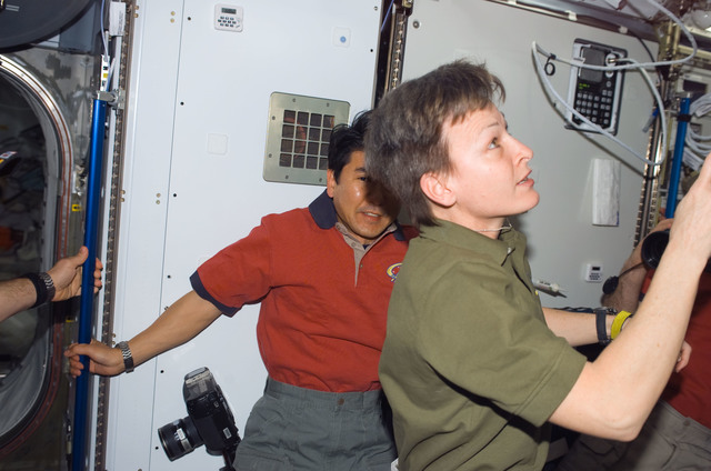 S123E006574 - STS-123 - Whitson and Doi in the Node 2 during Joint Operations