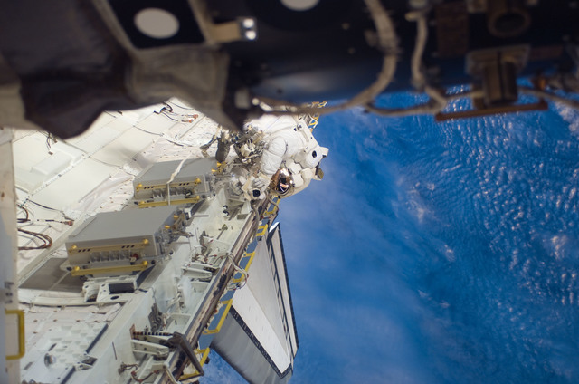S123E006775 - STS-123 - Behnken during EVA 3 - Expedition 16 / STS-123 Joint Operations