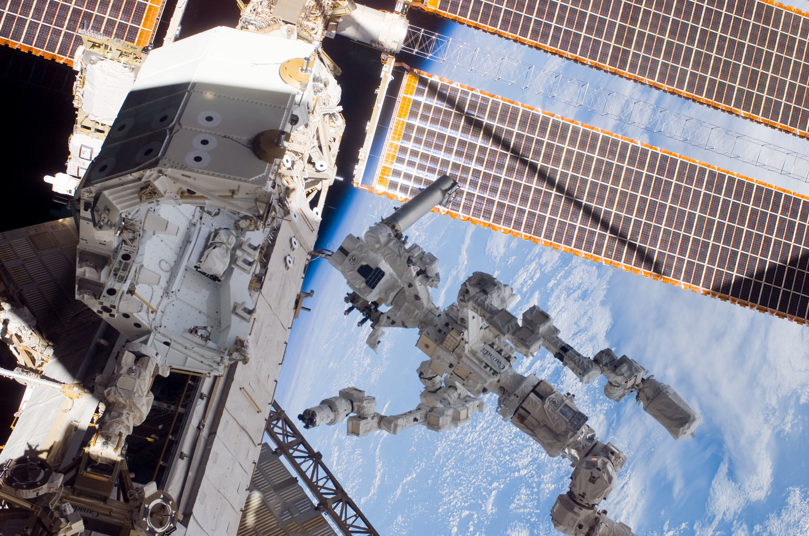 S123E007089 - STS-123 - Dextre on P1 Truss platform during Expedition 16 / STS-123 Joint Operations
