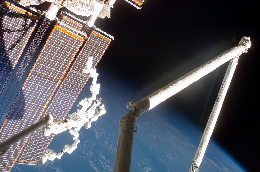 S123E007109 - STS-123 - Dextre and SAWs during Expedition 16 / STS-123 Joint Operations