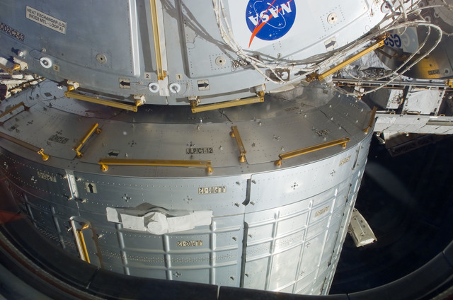 S123E007277 - STS-123 - JLP installed on the Node 2 during Joint Operations