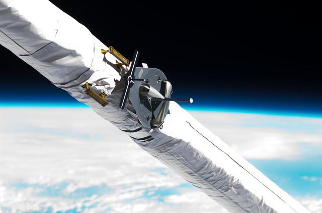 S125E006027 - STS-125 - Shuttle Remote Manipulator System (SRMS)