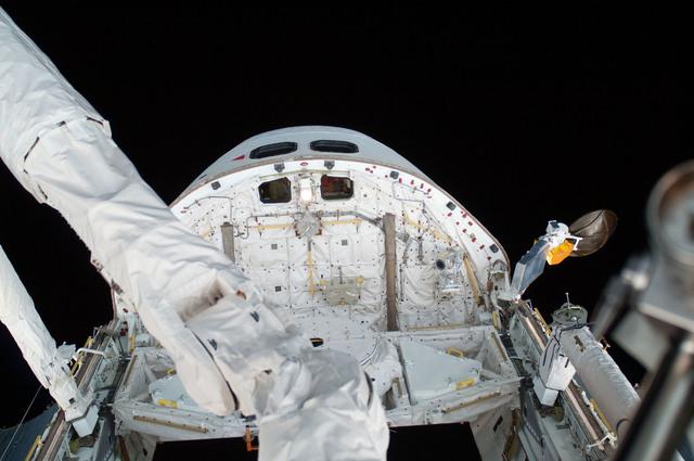 S125E007432 - STS-125 - View of the Shuttle Atlantis taken during EVA1